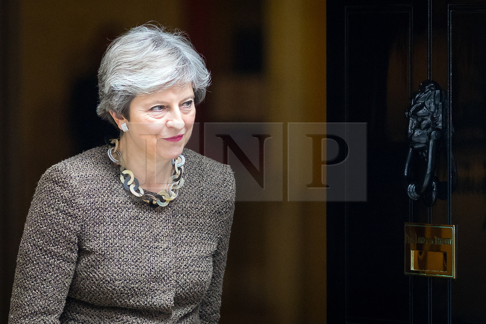 © Licensed to London News Pictures. 26/09/2017. London, UK. British Prime Minister Theresa May leaves No 10 Downing Street to meet President of the European Council Donald Tusk (not pictured). Photo credit : Tom Nicholson/LNP
