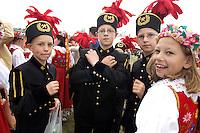 01 MAY 2004, ZITTAU/GERMANY:<br /> Kinder aus Polen in Bergarbeitertracht, EU Erweiterungsfest im Dreilaaendereck Zittau<br /> IMAGE: 20040510-01-060<br /> KEYWORDS: Kinder, Kind