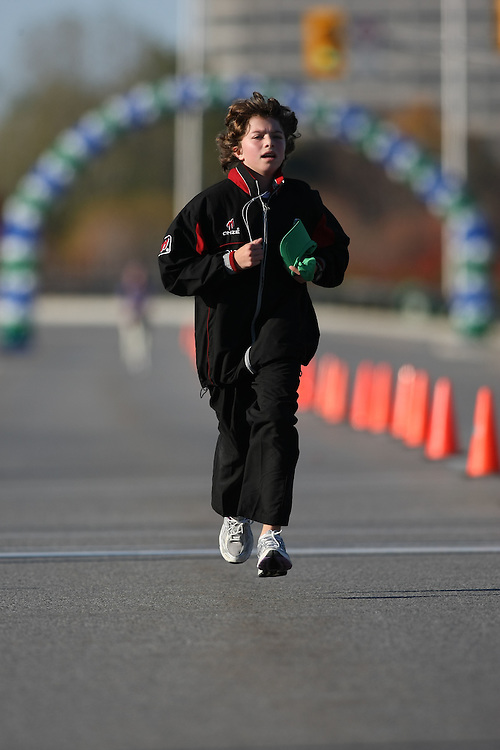 (Ottawa, ON---18 October 2008) \\ runs in the 2008 5km challenge at the TransCanada 10km Canadian Road Race Championships. Photography copyright Sean Burges/Mundo Sport Images (www.msievents.com).