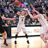 2nd year guard Avery Pearce (4) of the Regina Cougars in action during the home game on January  27 at Centre for Kinesiology, Health and Sport. Credit: Arthur Ward/Arthur Images