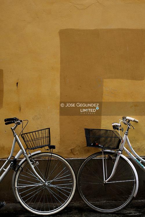 Two bikes in Firenze