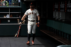 SAN FRANCISCO, CA - MAY 26: Evan Longoria #10 of the San Francisco Giants stands in the dugout before the game against the Arizona Diamondbacks at Oracle Park on May 26, 2019 in San Francisco, California. The Arizona Diamondbacks defeated the San Francisco Giants 6-2. (Photo by Jason O. Watson/Getty Images) *** Local Caption *** Evan Longoria