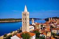 Croatie, baie de Kvarner, Ile et ville de Rab
