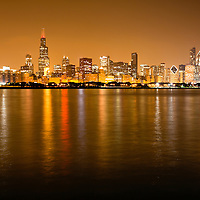 2010 Chicago skyline at night photo with Lake Michigan lakefront and downtown city buildings including 311 South Wacker Drive Building, Sears Tower / Willis Tower (233 South Wacker Drive), Hilton Chicago (720 South Michigan Avenue), Renaissance Blackstone Hotel (636 S. Michigan Avenue), The Congress Plaza Hotel (520 South Michigan Avenue), Franklin Center / AT&T Corporate Center (227 West Monroe Street), Roosevelt University Building (425 South Wabash Avenue), CNA Center Building (333 South Wabash Avenue), Chase Tower (10 South Dearborn Street), Santa Fe Building / Railway Exchange Building (224 South Michigan Avenue), Borg-Warner Building (200 South Michigan Avenue), Mid-Continental Plaza (55 East Monroe Street), The Heritage at Millennium Park (130 North Garland Court), United Airlines Building (77 West Wacker Drive), Pittsfield Building (55 East Washington Street), Leo Burnett Building (35 West Wacker Drive), Kemper Building / Unitrin Building (1 East Wacker Drive), Smurfit-Stone Building (150 N. Michigan Avenue), AMA Building (330 North Wabash formerly IBM Building), One Prudential Plaza Building (130 East Randolph Street), Trump International Hotel and Tower Building (401 North Wabash Avenue), Two Prudential Plaza Building (180 North Stetson Avenue), Aon Center Building (200 East Randolph Street)