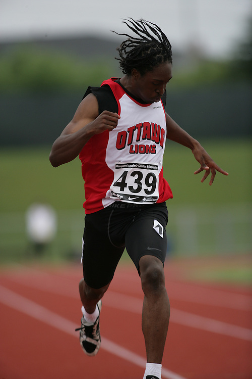(Charlottetown, Prince Edward Island -- 20090714) Gordon Cav? of Ottawa Lions T.F.C. competes in the 400m final at the 2009 Canadian Junior Track & Field Championships at UPEI Alumni Canada Games Place on the campus of the University of Prince Edward Island, July 17-19, 2009.  Sean Burges / Mundo Sport Images ..Mundo Sport Images has been contracted by Athletics Canada to provide images to the media.