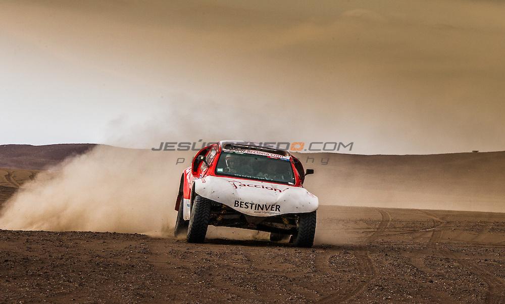 Acciona 100x100 ecopowered,electric car, Dakar 2015, Iquique,Chile