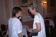 Lydia Livingstone and Diana Melly. Book launch of Take A Girl Like Me - Life With George by Diana Melly. The Polish Club. Exhibition Rd. London. 21 July 2005. ONE TIME USE ONLY - DO NOT ARCHIVE  © Copyright Photograph by Dafydd Jones 66 Stockwell Park Rd. London SW9 0DA Tel 020 7733 0108 www.dafjones.com