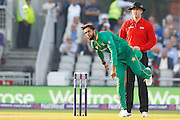 Imad Wasim bowling  during the International T20 match between England and Pakistan at the Emirates, Old Trafford, Manchester, United Kingdom on 7 September 2016. Photo by Craig Galloway.