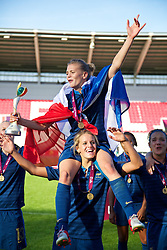 31.08.2013, Parc y Scarlets, Llanelli, ENG, UEFA Damen U19 EM, England vs Frankreich, Finale, im Bild France's Faustine Robert and Sandie Toletti celebrate after being England 2-0 during the final UEFA women U 19 championchip match between England and france at Parc y Scarlets in Llanelli, Great Britain on 2013/08/31. EXPA Pictures © 2013, PhotoCredit: EXPA/ Propagandaphoto/ David Rawcliffe<br /> <br /> ***** ATTENTION - OUT OF ENG, GBR, UK *****