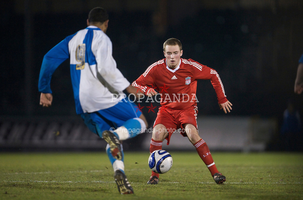 BRISTOL, ENGLAND - Thursday, January 15, 2009: Liverpool's Steven Irwin in action against Bristol Rovers during the FA Youth Cup match at the Memorial Stadium. (Mandatory credit: David Rawcliffe/Propaganda)