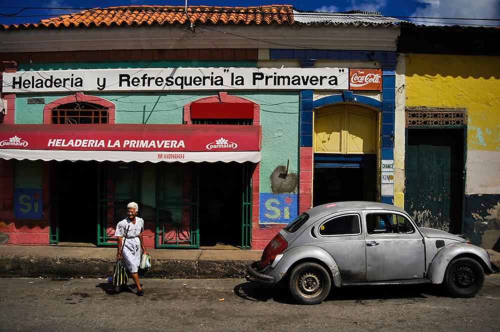 PENINSULA OF PARIA / PENINSULA DE PARIA<br /> Photography by Aaron Sosa<br /> Sucre State - Venezuela 2009<br /> (Copyright &copy; Aaron Sosa)