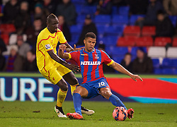 LONDON, ENGLAND - Saturday, February 14, 2015: Liverpool's Mamadou Sakho and Crystal Palace's Fraizer Campbell during the FA Cup 5th Round match at Selhurst Park. (Pic by David Rawcliffe/Propaganda)