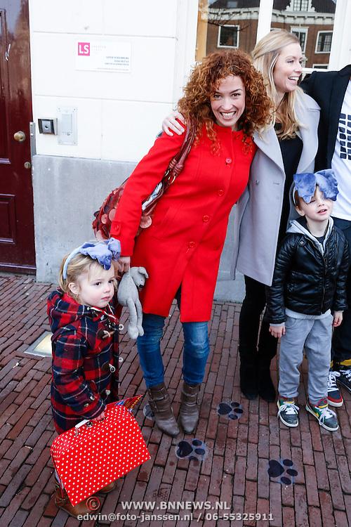 NLD/Leiden/20130210 - Premiere Woezel & Pip - Alles is fijn, Katja Schuurman en dochter Sammie