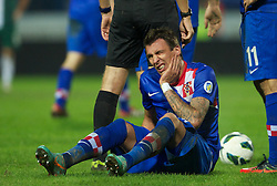 OSIJEK, CROATIA - Tuesday, October 16, 2012: Croatia's Mario Mandzukic during the Brazil 2014 FIFA World Cup Qualifying Group A match against Wales at the Stadion Gradski Vrt. (Pic by David Rawcliffe/Propaganda)