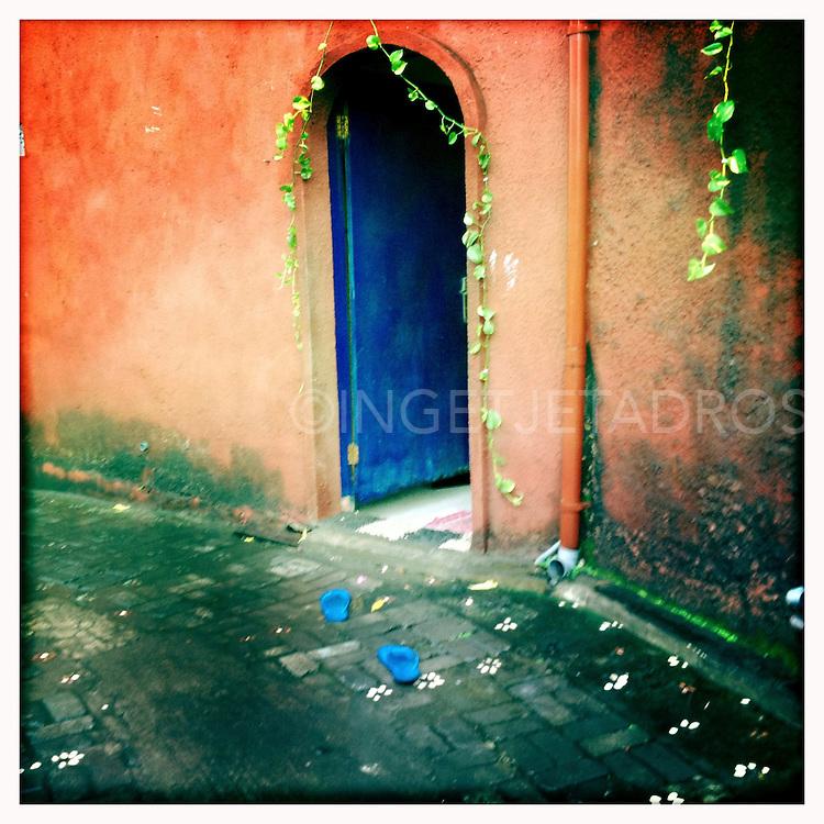 &copy;Ingetje Tadros<br /> www.ingetjetadros.com