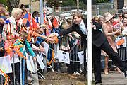 Koning Willem-Alexander en koningin Maxima brengen een streekbezoek aan Noardwest Fryslan.<br /> <br /> King Willem-Alexander and Queen Maxima bring a regional visit to Northwest Friesland<br /> <br /> Op de foto / On the photo: Het Koninklijk Paar bezoekt een wooncomplex Nij Bethanië waar leefbaarheid het centrale thema. <br /> <br /> The Royal Couple will visit a residential Nij Bethany where quality of life is the central theme.