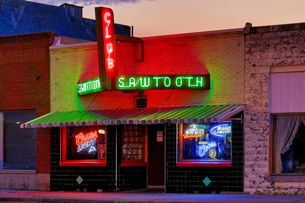 Sawtooth Club, Arco Idaho's locals bar.