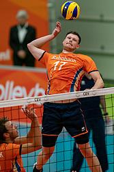 09-06-2019 NED: Golden League Netherlands - Spain, Koog aan de Zaan<br /> Fourth match poule B - The Dutch beat Spain again in five sets in the European Golden League / Michael Parkinson #17 of Netherlands