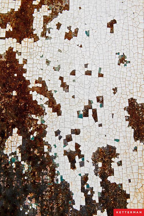 Urban decay texture in Savannah Georgia.