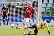 ALKMAAR - 30-08-2015, AZ - Roda JC, AFAS Stadion, AZ speler Jop van der Linden (l), Roda JC speler Edwin Gyasi  (r).