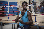 Yonder Figuerdas Reyes is 16 years old. He is already a two-time national junior champion in its category. In addition to practicing boxing, he studies to become a baker.<br /> <br /> The Cuban boxing has a centennial long prestigious history written by exceptional champions, artists of the ring, whose legendary exploits , continue to live in the stories of fans. In 1962 Cuba had abolished professionalism in sports. Two years ago, driven by economic interests and attempt to stop the bleeding of athletes on the run from the island, sports authorities have announced participation in world boxing championship, the World Series of Boxing (WSB), which are not however a professional circuit because they remain part of the Olympic boxing. Thanks to a law passed a few years ago, with new economic conditions for the Cuban athletes, now, in addition to the contributions they receive from the state, the Cuban boxers will earn from their sport, 80% of the proceeds from participation in international sporting events.<br /> Meanwhile two years ago, in a small corner of Centro Habana, two blocks from the Capitolio and the square of big international hotels such as Telegraph and England, between the peeling walls of two buildings, in the space left by a collapsed building,<br /> thanks also the association Italian Malaika (Angel in swahili), there is a gymnasium de Boxeo, a gym of wooden planks recycled for the children of Centro Habana. In this neighborhood gym the talent and enthusiasm of dozens of children between 7 and<br /> 20 years is concentrated: Los Ninos de Cuba. Every day from 5 pm until late at night they chasing their dreams of success, with ethics, rigor and commitment, The facilities are not enough for everyone. Gloves and shoes alternate in the hands and feet of small boxeadores, which in turn &ldquo;peleano&rdquo; on the makeshift ring waiting to make the leap to the Rafael Trejo, another Boxing Gymnasium, in the heart of Havana Vieja, to participate in provincial 