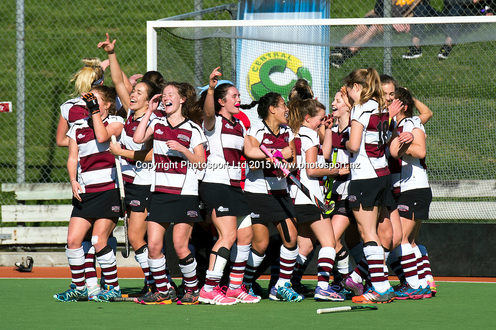 The victorious North Harbour Women's team celebrate their 4-1 victory over Midlands during the 2015 National U18 Women's Regional Final, North Harbour v Midlands. North Harbour Hockey Stadium, Auckland, New Zealand. Saturday 11 July 2015. Copyright Photo: Raghavan Venugopal / www.photosport.nz