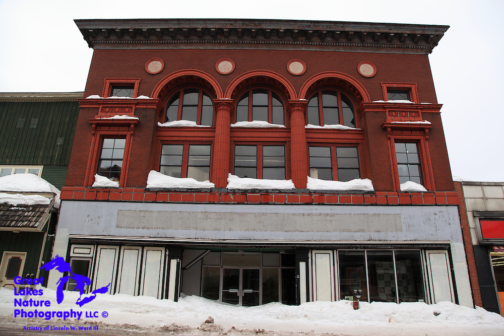 This building could use some paint, a bit of mortar work, and, ideally, a return of the symmetry of the facing of the first floor. Setting those issues aside, this early 1900s structure is a thing of beauty. What an awesome headquarters it would make for a small to midsize business.