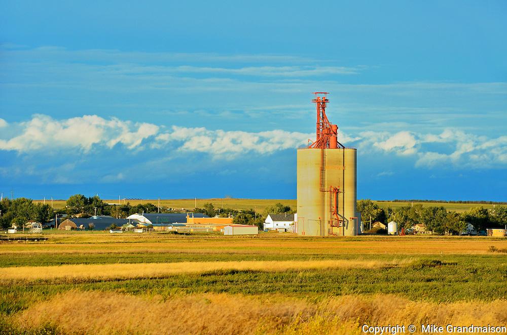 Inland grain terminal <br /> Hodgeville<br /> Saskatchewan<br /> Canada