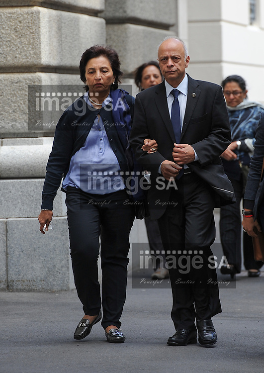 CAPE TOWN, SOUTH AFRICA - Thursday 8 October 2014,   Snila and Prakash Dewani, parents of Shrien Dewani, during Day 3 of the Shrien Dewani trial at the Cape High Court before Judge Jeanette Traverso. Dewani is caused of hiring hit men to murder his wife, Anni. Anni Ninna Dewani (n&eacute;e Hindocha; 12 March 1982 &ndash; 13 November 2010) was a Swedish woman who, while on her honeymoon in South Africa, was kidnapped and then murdered in Gugulethu township near Cape Town on 13 November 2010 (wikipedia).<br /> Photo by Roger Sedres