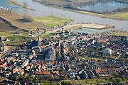 Nederland, Utrecht, Wijk bij Duurstede, 11-02-2008; stadscentrum van historische (middeleeuwse) stad, met Oude Kerk en molen, ..luchtfoto (toeslag); aerial photo (additional fee required); .foto Siebe Swart / photo Siebe Swart
