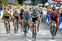 Sykkel<br /> Tour de France 2011<br /> 05.07.2011<br /> Foto: PhotoNews/Digitalsport<br /> NORWAY ONLY<br /> <br /> 4th stage / Lorient - Mur-de-Bretagne<br /> <br /> EVANS Cadel (BMC RACING TEAM - AUS) - CONTADOR Alberto (SAXO BANK SUNGARD - ESP) - GILBERT Philippe (OMEGA PHARMA - LOTTO - BEL) - VINOKOUROV Alexandre (PRO TEAM ASTANA - KAZ) - URAN Rigoberto (SKY PROCYCLING - COL) - HUSHOVD Thor (TEAM GARMIN - CERVELO - NOR)