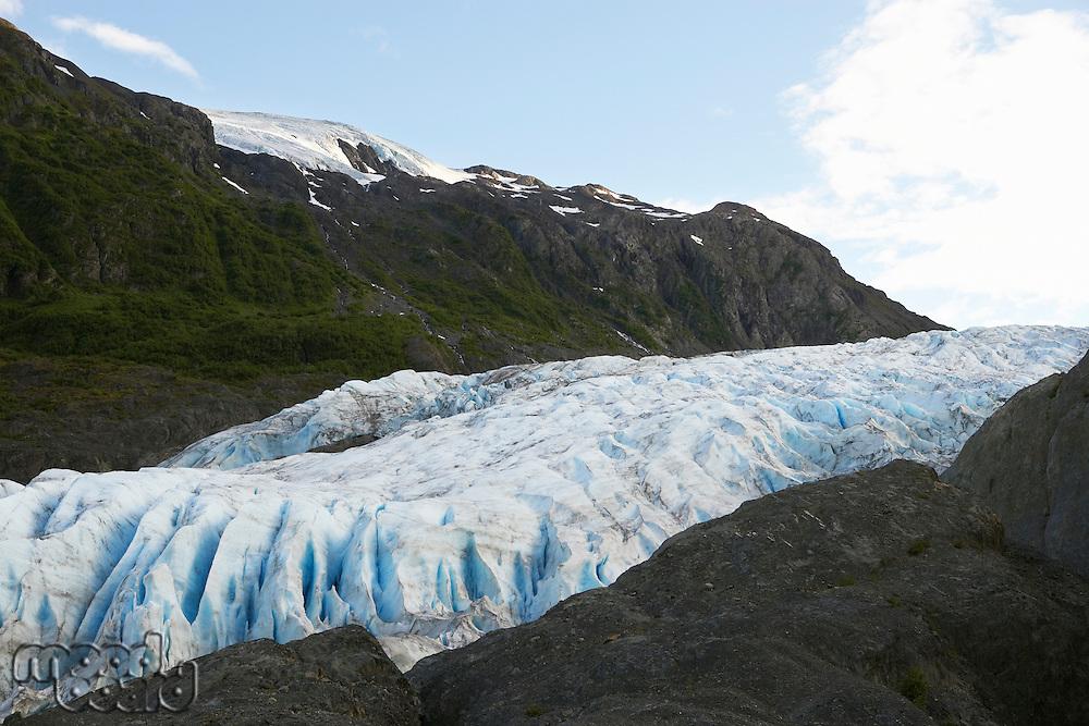 USA, Alaska, glacier between cliffs