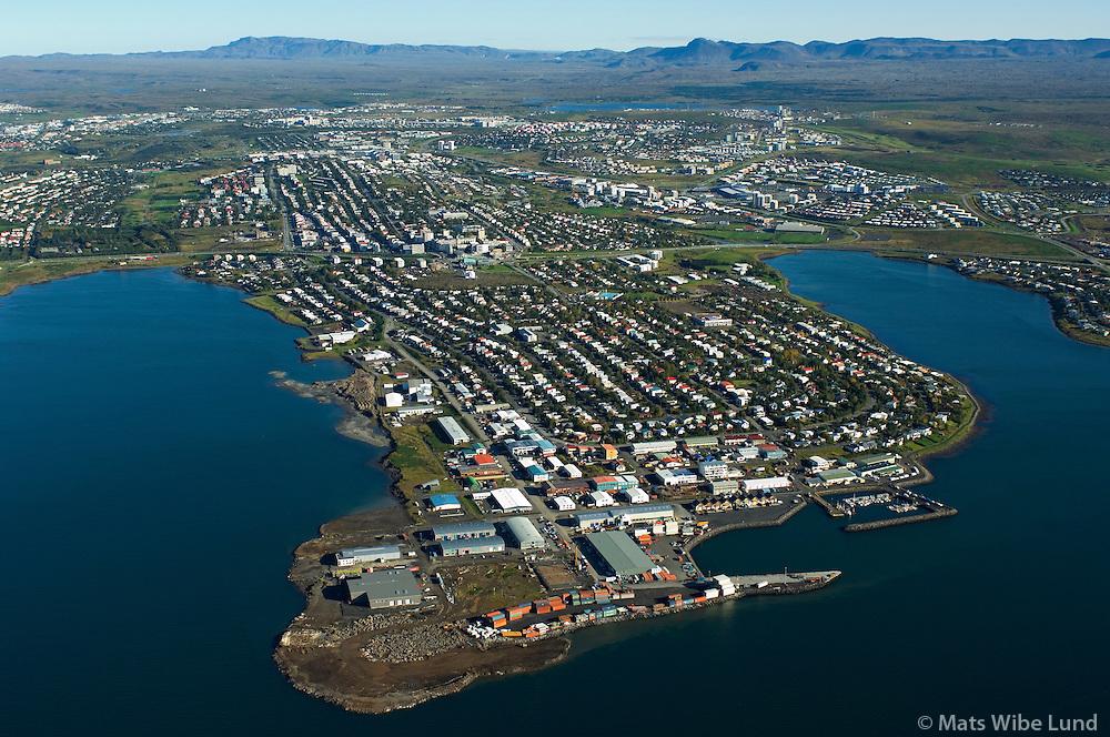 Kópavogur séð til austurs / Kopavogur viewing east