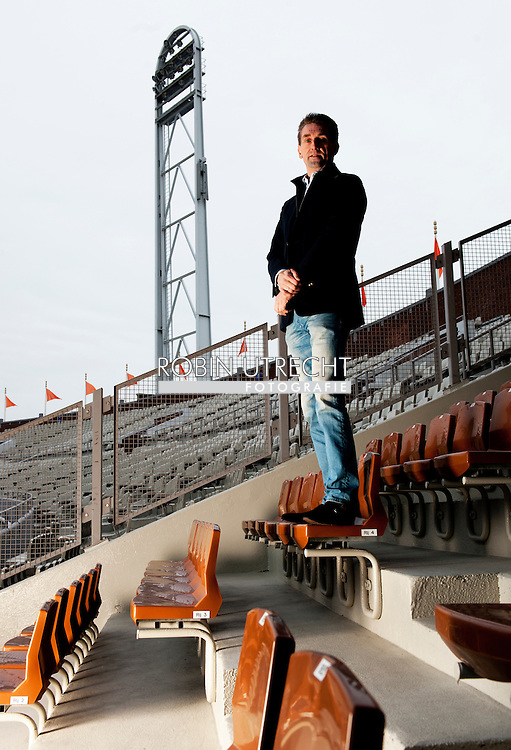 AMSTERDAM - Patrick Wouters in het olympisch stadion in Amsterdam . COPYRIGHT ROBIN UTRECHT