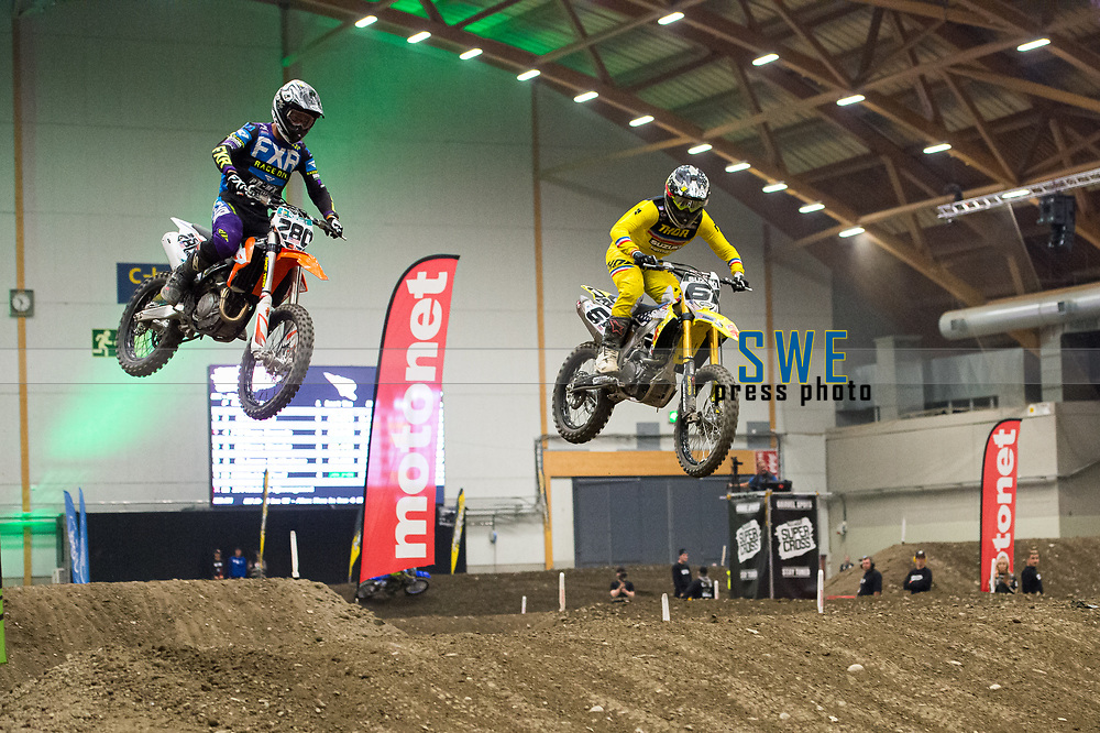 2019-11-08 | Messu- ja urheilukeskus, Tampere: (61) Alex Ray and (280) Cade Clason during Tampere Supercross in Messu- ja urheilukeskus. ( Photo by: Elmeri Elo | Swe Press Photo )