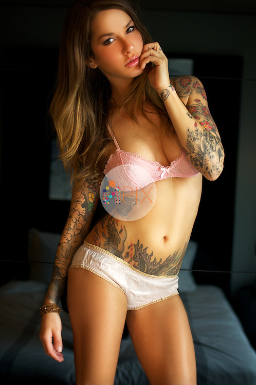 Jesse Lee Denning is an American model, particularly well known for her covers and pictorials in Inked, Bizarre, Zoo and many tattoo titles around the world.<br /> <br /> This shoot is model released for all uses and could be accompanied by an interview.