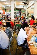 Diners at Kafe Sin Hup Aun.