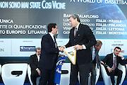 BARI 11.04.2010<br /> PIAZZA FERRARESE-SALA MURAT<br /> CONFERENZA STAMPA DI PRESENTAZIONE DEGLI INCONTRI<br /> DI QUALIFICAZIONE AI CAMPIONATI EUROPEI 2011<br /> NELLA FOTO DA SIN TRIFONE ALTIERI ASSESSORE SPORT PROVINCIA BARI E DINO MENEGHIN PRESIDENTE FIP