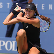Ana Ivanovic, Serbia, in action against Alison Riske, USA,  during the US Open Tennis Tournament, Flushing, New York, USA. 26th August 2014. Photo Tim Clayton
