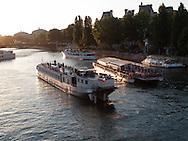 France. Paris. 4th district.  bateaux mouche on the seine river
