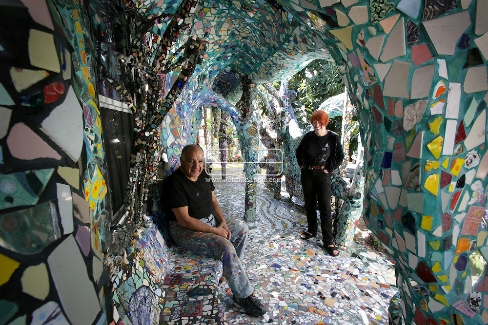 11th October 2008, Venice, California. In 1994, artists Cheri Pann and Gonzalo Duran decided to mosaic their front yard. 14 year later, the project has consumed the couple's home, covering almost every inch with tile and color, from the kitchen to the bathroom to the studio.  PHOTO © JOHN CHAPPLE / REBEL IMAGES.john@chapple.biz    www.chapple.biz.(001) 310 570 9100.(001) 310 694 8647