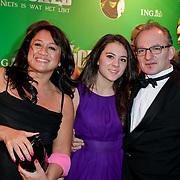 NLD/Scheveningen/20111106 - Premiere musical Wicked, Jeroen van Inkel, partner Sandra Dinsbach en dochter