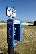 Phone at Baby Beach, Aruba. Telefoon op het strand van Baby Beach