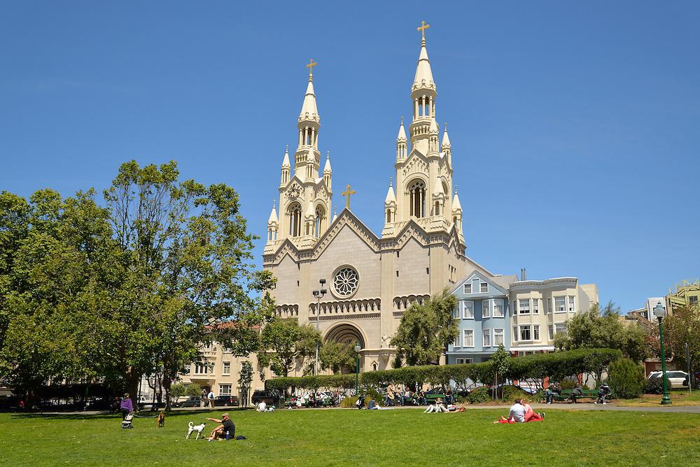 Cathedral, Washington Square Park, San  Francisco, Bay Area, California, USA