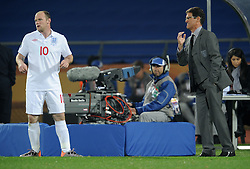 12.06.2010, Royal Bafokeng Stadium, Rustenburg, RSA, FIFA WM 2010, England (ENG) vs USA (USA), im Bild L'allenatore dell'Inghilterra Fabio Capello e Wayne Rooney  - Fabio, Capello, England team's coach, with Wayne Rooney. EXPA Pictures © 2010, PhotoCredit: EXPA/ InsideFoto/ Giorgio Perottino / SPORTIDA PHOTO AGENCY