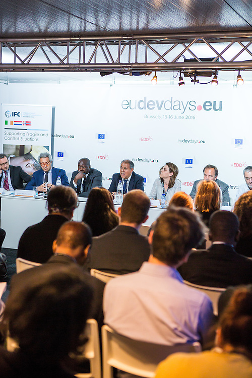 20160616 - Brussels , Belgium - 2016 June 16th - European Development Days - Investing in African fragile states - Who should adapt , investors or countries? © European Union