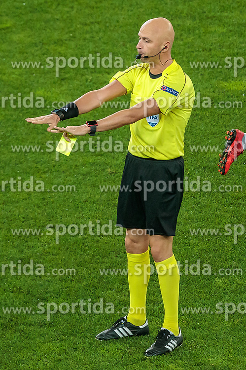 03.05.2018, Red Bull Arena, Salzburg, AUT, UEFA EL, FC Salzburg vs Olympique Marseille, Halbfinale, Rueckspiel, im Bild Referee Sergei Karasev (RUS) // during the UEFA Europa League Semifinal, 2nd Leg Match between FC Salzburg and Olympique Marseille at the Red Bull Arena in Salzburg, Austria on 2018/05/03. EXPA Pictures © 2018, PhotoCredit: EXPA/ JFK