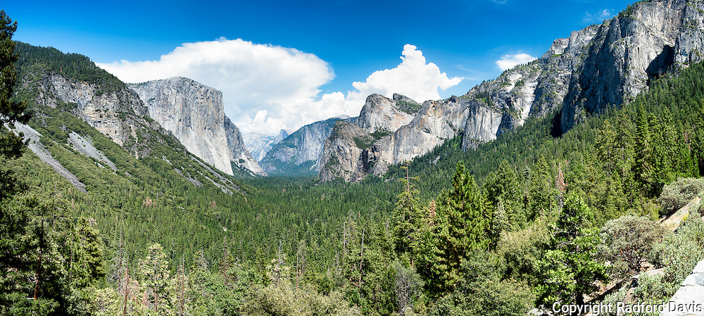 Yosemite Tunnel View, panorama. The classic Ansel Adams shot. El Captian and Half Dome. Yosemite National Park.