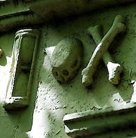 Memento Mori Gravestone