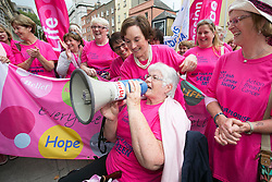Repro Free: 30/09/2014<br /> Kathleen O'Meara, the Head of Advocacy and Communications with the Irish Cancer Society is pictured with 72 year old Margaret Hayden as the Irish Cancer Society  joined by cancer campaigners from across Ireland as they submit a petition to Government, calling on the Minister for Health to take action and include extending the breast cancer screening programme for women aged 65-69 in the HSE&rsquo;s Services Plan for 2015. The Government said the extension of BreastCheck would take place during 2014 but then made a decision to defer it. At least eighty-seven lives are being lost to breast cancers every year due to the delay in screening the upper age group of women.  Picture Andres Poveda